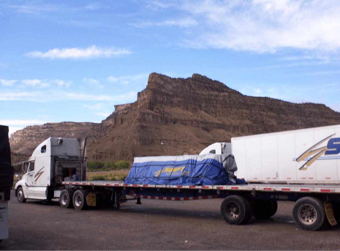 LTL Flatbed Truck